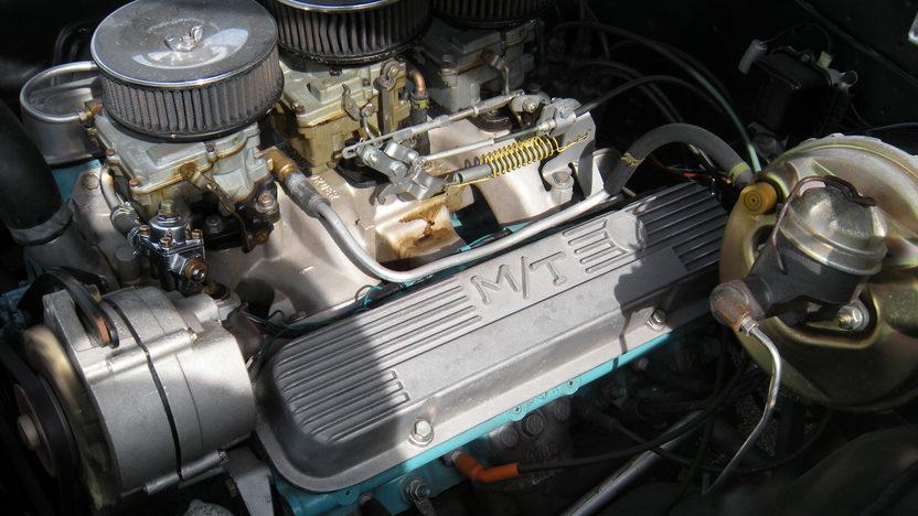 1965 Pontiac GTO 2-Door Hardtop 421/370 HP presented as lot F157 at Kansas City, MO 2010 - image5