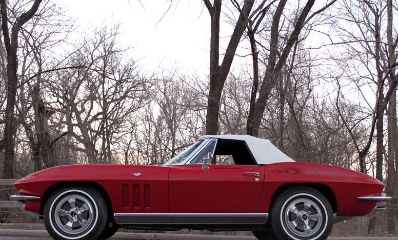 1966 Chevrolet Corvette Convertible 327/300 HP, 4-Speed presented as lot S51 at Kansas City, MO 2011 - image7