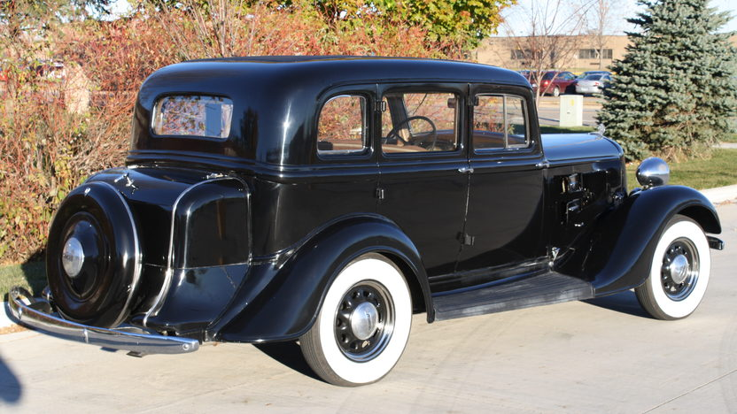 1934 Plymouth P.E. 4-Door 3-Speed presented as lot S127 at Kansas City, MO 2011 - image2