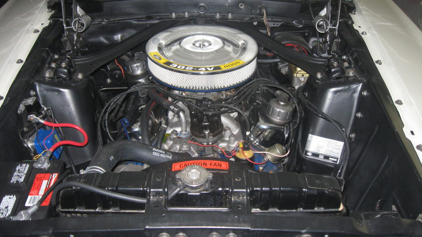 1969 Ford Mustang Boss 302 302/290 HP, 4-Speed presented as lot S134 at Kansas City, MO 2011 - image5