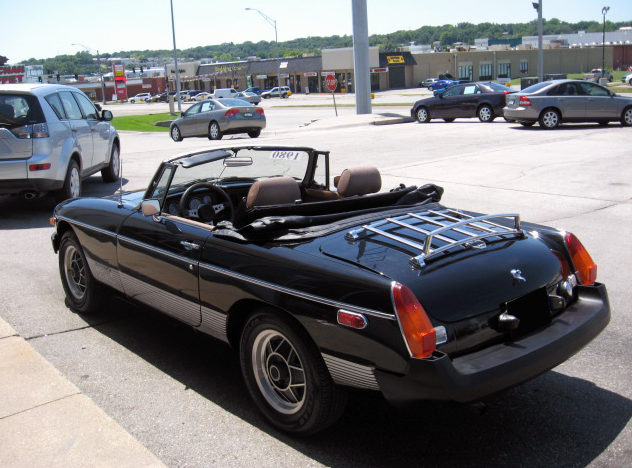 1980 MG B Limited Edition Roadster 4-Speed presented as lot S45.1 at Kansas City, MO 2011 - image3