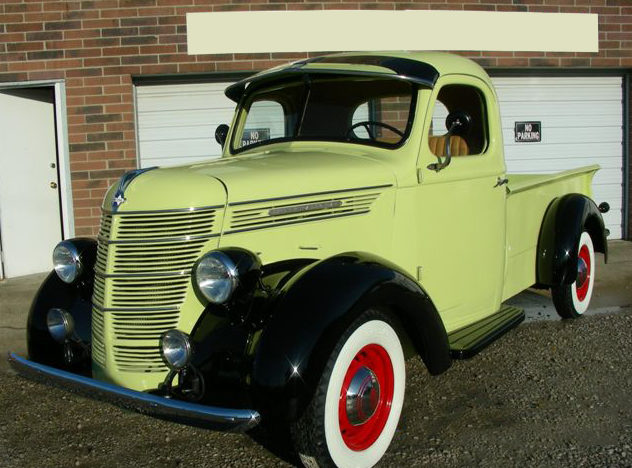1937 International D2 1/2 Ton Pickup presented as lot F151 at Kansas City, MO 2012 - image8