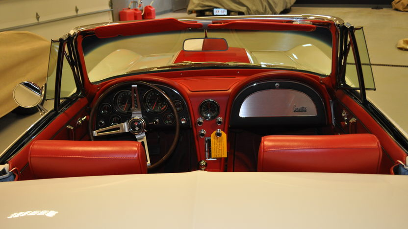 1967 Chevrolet Corvette Convertible 427/435 HP, 4-Speed presented as lot S98 at Kansas City, MO 2012 - image3