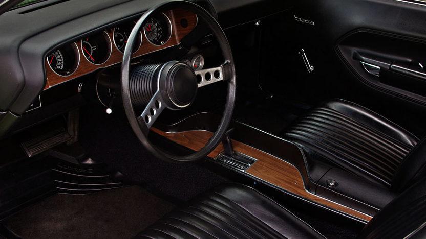 1973 Plymouth Cuda 426 CI, Automatic presented as lot S138 at Kansas City, MO 2012 - image2