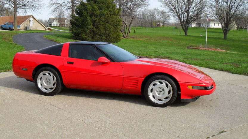 1991 Chevrolet Corvette presented as lot T39 at Kansas City, MO 2013 - image7