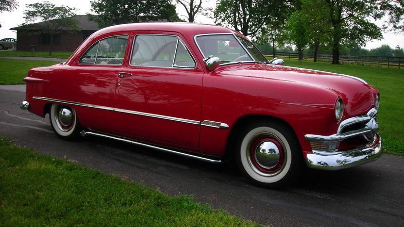 1950 Ford Custom 239/100 HP, 3-Speed presented as lot T51 at Kansas City, MO 2013 - image7