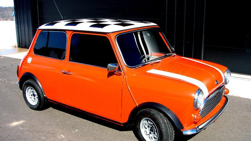 1969 Austin Mini 4-Speed, New Interior presented as lot T60 at Kansas City, MO 2013 - image9