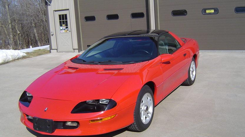 1996 Chevrolet Camaro presented as lot T98 at Kansas City, MO 2013 - image6