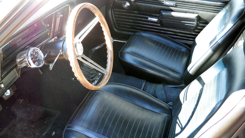 1969 Chevrolet Camaro 350 CI, 5-Speed presented as lot F79 at Kansas City, MO 2013 - image3