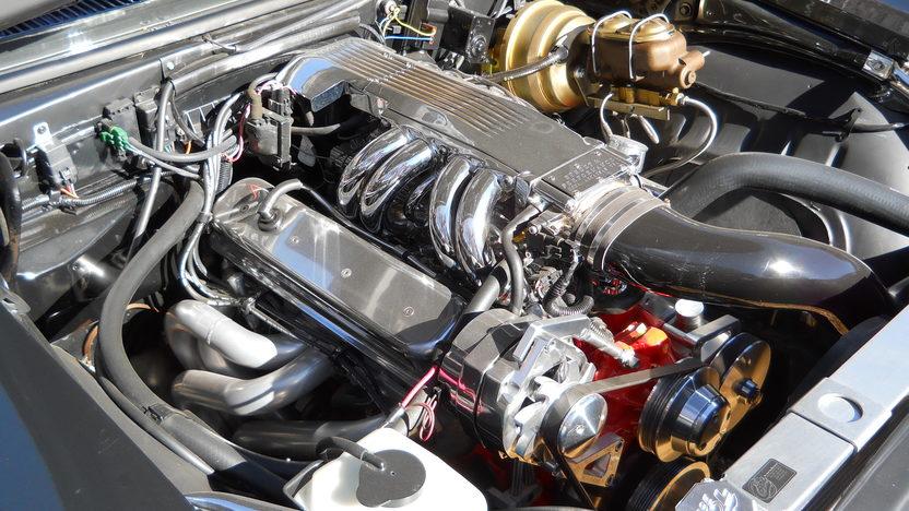 1969 Chevrolet Camaro 350 CI, 5-Speed presented as lot F79 at Kansas City, MO 2013 - image5