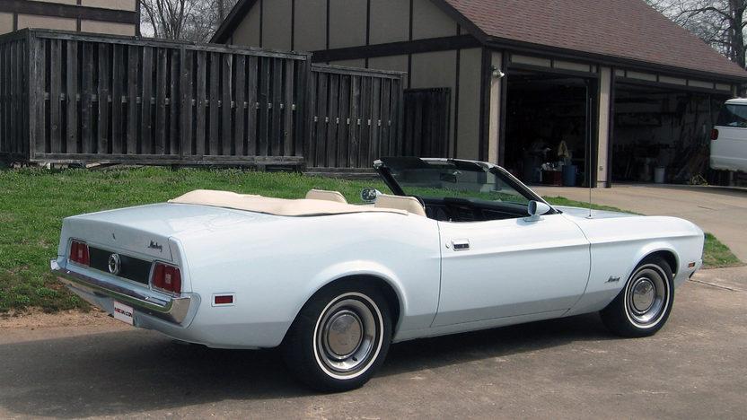 1973 Ford Mustang Convertible 351 CI, Automatic presented as lot F115 at Kansas City, MO 2013 - image3