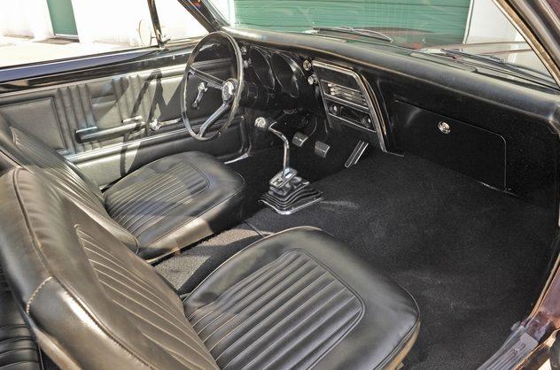 1967 Chevrolet Camaro 350/350 HP, 4-Speed presented as lot S57 at Kansas City, MO 2013 - image5