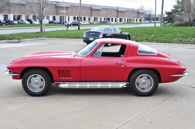 1967 Chevrolet Corvette Coupe 327/300 HP, 4-Speed presented as lot S93 at Kansas City, MO 2013 - image2