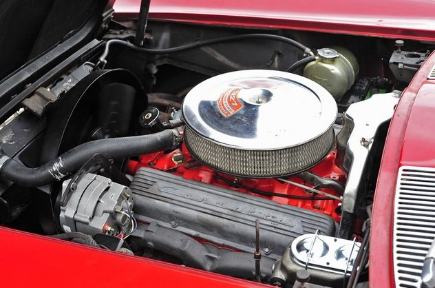 1967 Chevrolet Corvette Coupe 327/300 HP, 4-Speed presented as lot S93 at Kansas City, MO 2013 - image5