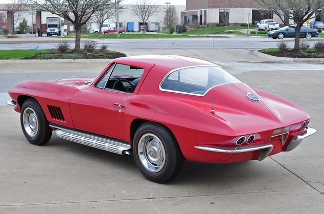 1967 Chevrolet Corvette Coupe 327/300 HP, 4-Speed presented as lot S93 at Kansas City, MO 2013 - image6