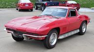 1967 Chevrolet Corvette Coupe 327/300 HP, 4-Speed presented as lot S93 at Kansas City, MO 2013 - thumbail image10