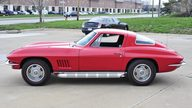 1967 Chevrolet Corvette Coupe 327/300 HP, 4-Speed presented as lot S93 at Kansas City, MO 2013 - thumbail image2