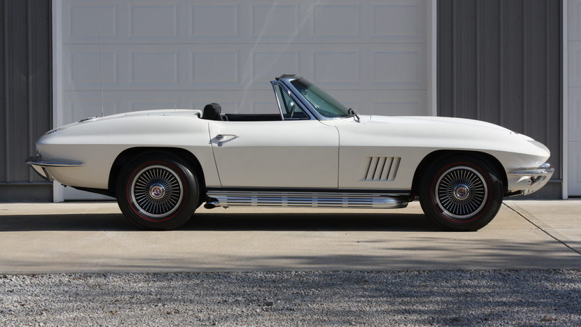 1967 Chevrolet Corvette Convertible 327/350 HP, 4-Speed presented as lot S105 at Kansas City, MO 2013 - image2