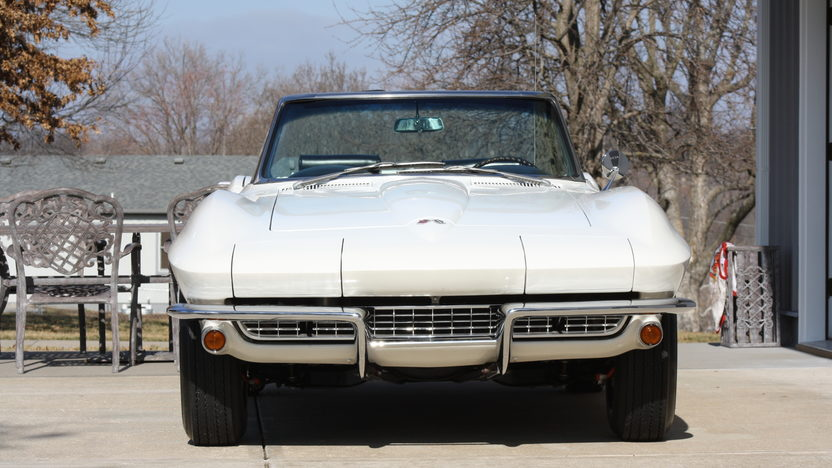 1967 Chevrolet Corvette Convertible 327/350 HP, 4-Speed presented as lot S105 at Kansas City, MO 2013 - image8