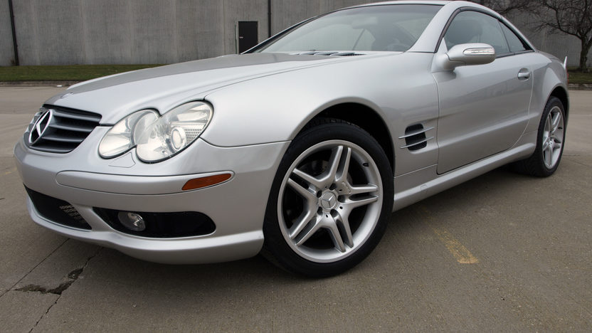 2004 Mercedes-Benz SL500 AMG Convertible presented as lot S115 at Kansas City, MO 2013 - image5