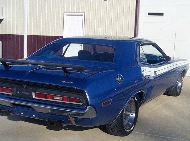1971 Dodge Challenger R/T 383 CI, Automatic presented as lot S117 at Kansas City, MO 2013 - image2