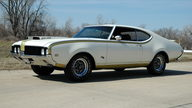 1969 Oldsmobile Hurst 442 455 CI, Two Owner Car presented as lot S131 at Kansas City, MO 2013 - thumbail image2