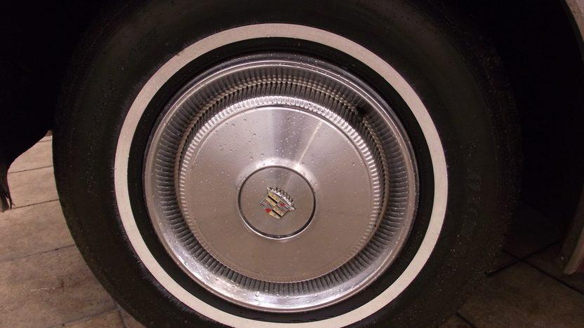 1970 Cadillac Deville Convertible presented as lot T124 at Kansas City, MO 2014 - image9
