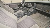 1986 Pontiac Trans Am 305 CI, Automatic presented as lot F117 at Kansas City, MO 2014 - thumbail image4