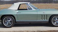1966 Chevrolet Corvette Convertible 327/300 HP, 4-Speed presented as lot S68 at Kansas City, MO 2014 - thumbail image8