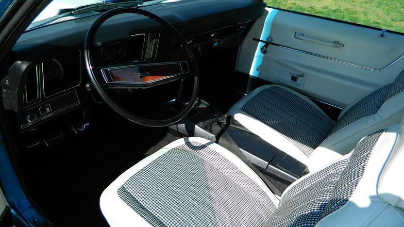 1969 Chevrolet Camaro RS Z28 Cross Ram 302/290 HP, 4-Speed presented as lot S105 at Kansas City, MO 2014 - image4