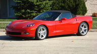 2005 Chevrolet Corvette Convertible LS2/400 HP, 6-Speed presented as lot F138 at Kansas City, MO 2009 - thumbail image3