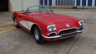 1959 Chevrolet Corvette Convertible 350/300 HP, 4-Speed presented as lot F213 at Kansas City, MO 2009 - thumbail image3