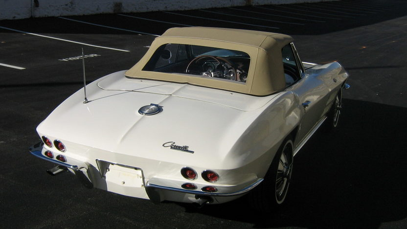 1964 Chevrolet Corvette Convertible 327/300 HP, 4-Speed presented as lot S12 at Kansas City, MO 2009 - image2