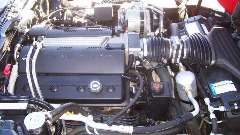 1996 Chevrolet Corvette Convertible 350/300 HP, Automatic presented as lot S22 at Kansas City, MO 2009 - image6