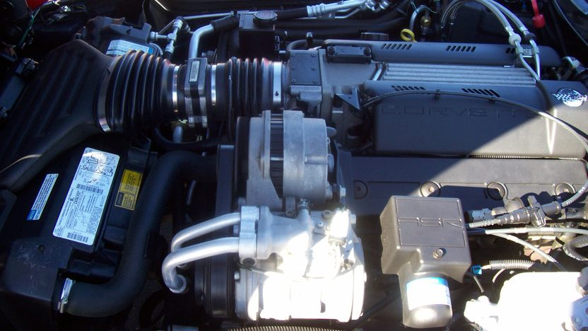 1996 Chevrolet Corvette Convertible 350/300 HP, Automatic presented as lot S22 at Kansas City, MO 2009 - image7
