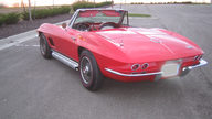 1967 Chevrolet Corvette Convertible 327/350 HP, 4-Speed Manual presented as lot S143 at Kansas City, MO 2009 - thumbail image2
