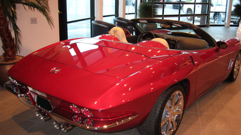 2009 Chevrolet Corvette Convertible 436 HP, 6-Speed Automatic presented as lot S91.1 at Kansas City, MO 2009 - image2