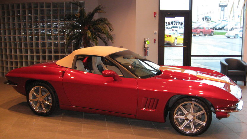 2009 Chevrolet Corvette Convertible 436 HP, 6-Speed Automatic presented as lot S91.1 at Kansas City, MO 2009 - image6