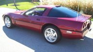 1990 Chevrolet Corvette Coupe 350/245 HP, Automatic presented as lot F133.2 at Kansas City, MO 2009 - thumbail image2