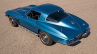 1966 Chevrolet Corvette Big Tank Coupe 427/390 HP, 4-Speed presented as lot F221 at Kansas City, MO 2010 - thumbail image8