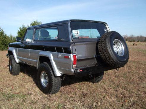 1980 Jeep Cherokee 360/250 HP presented as lot T13 at Kansas City, MO 2011 - image2