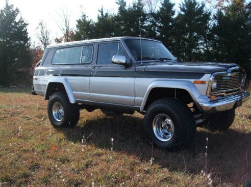 1980 Jeep Cherokee 360/250 HP presented as lot T13 at Kansas City, MO 2011 - image8