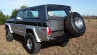 1980 Jeep Cherokee 360/250 HP presented as lot T13 at Kansas City, MO 2011 - thumbail image2