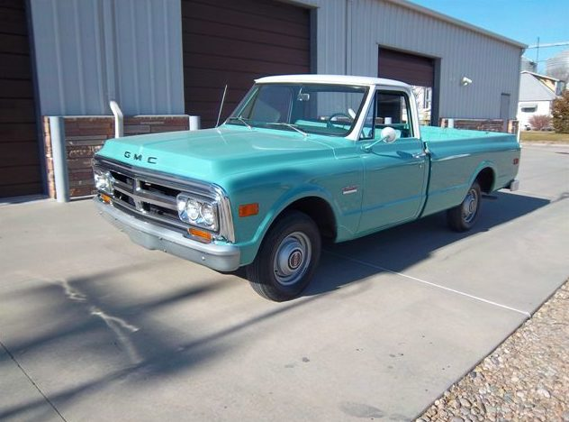 1969 GMC  Pickup 292 CI, 3-Speed presented as lot T45 at Kansas City, MO 2011 - image5