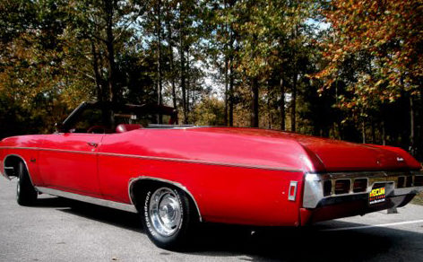 1969 Chevrolet Impala Convertible 350 CI, Automatic presented as lot T55 at Kansas City, MO 2011 - image2