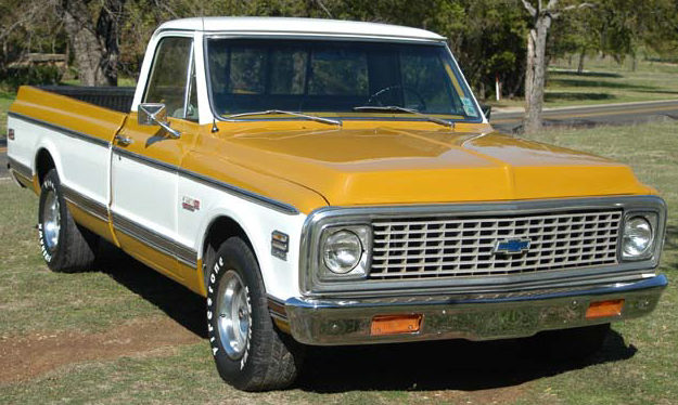 1971 Chevrolet 1/2 Ton Pickup 350 CI, Automatic presented as lot T57 at Kansas City, MO 2011 - image3