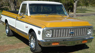 1971 Chevrolet 1/2 Ton Pickup 350 CI, Automatic presented as lot T57 at Kansas City, MO 2011 - thumbail image3