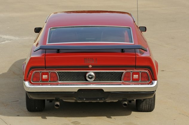 1971 Ford Mustang Mach 1 Fastback 351 CI, Automatic presented as lot T61 at Kansas City, MO 2011 - image7