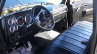 1979 Chevrolet Stepside Pickup Automatic presented as lot T71 at Kansas City, MO 2011 - thumbail image4