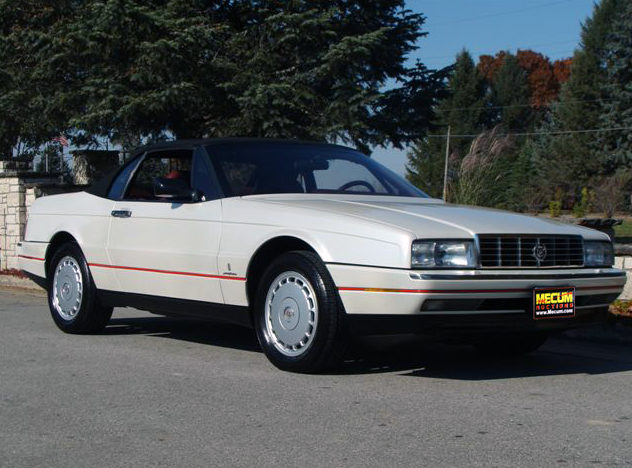 1990 Cadillac Allante Convertible Automatic presented as lot T77 at Kansas City, MO 2011 - image8